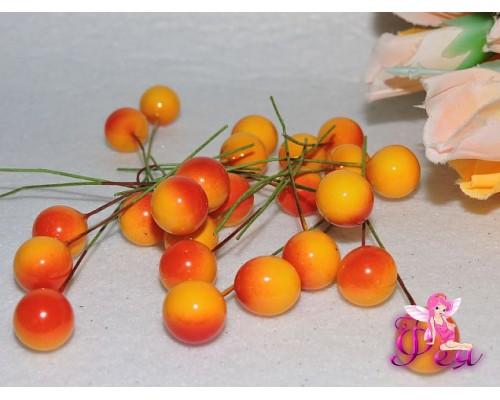 Ягодка на веточке 12 мм ,цв. желто-красный