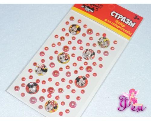 Набор для декорирования стразами Микки Маус и его друзья. Размер упаковки: 23,5 см x 10 см  На клеевой основе