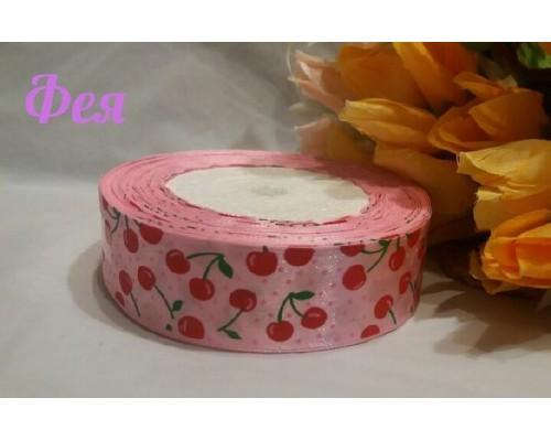 """Атласная лента 25 мм нежно-розового цвета с рисунком """"Вишенки"""""""
