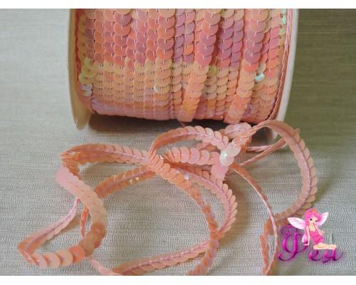 Пайетки на нитке 6 мм, цв. светло-розовый ( 1 м)