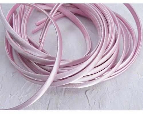 Ободок 1 см, пластик с атласной тканью, цв. светло-розовый - 1 шт.