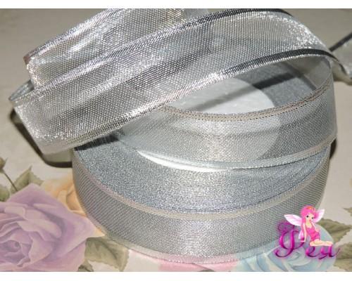 Декоративную ленту 25мм серебристого цвета - 1м