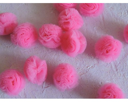 Помпон из фатина 2,5 см, цв. ярко-розовый - 1 шт.