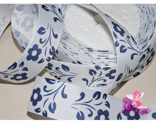 Репсовая лента 25 мм белого цвета с рисунком синие цветы - 1м